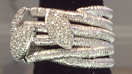 Beautiful sterling silver with round brilliant cut for Best jewelry stores in fresno ca