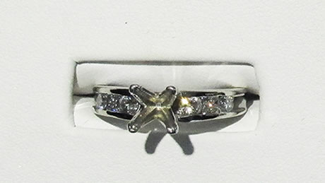 18 kt white gold semi mount white gold ring, 54 diamonds, approximately 1 carat of diamonds